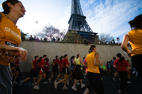 courir-femme-la-parisienne