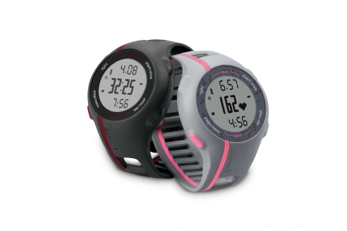 garmin_forerunner110_2products_1-2