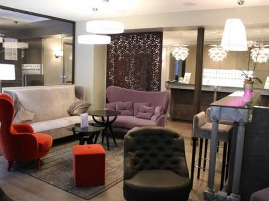 hotel proche départ marathon paris