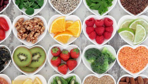 4 conseils très simples pour mieux manger sainement.